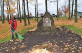 Volunteers spent the morning maintaining the cemetery grounds.
