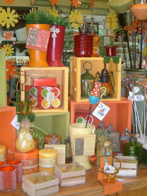 2006 - Outstanding Display of Goods - Giftware - POP impulse display opposite cash register