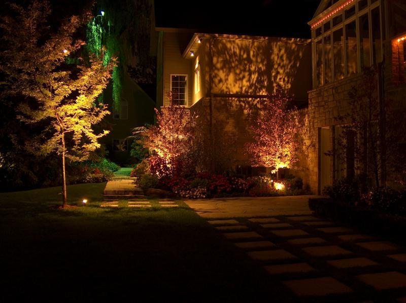 2006 - Landscape Lighting Design & Installation - Over $30,000 - Back Yard Patio & Walkways