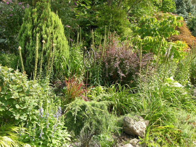 2007 - Permanent Display Gardens - Over 500 square feet