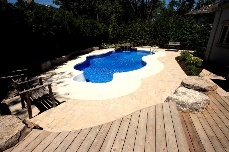 2009 - Residential Construction - $25,000 - $50,000 - pool and curved upper deck