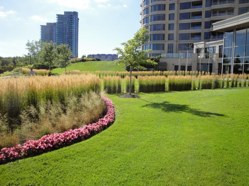 2011 - Multi Residential Maintenance -  Over 2 acres  - Sommets 3-4