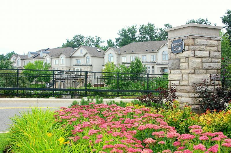 2009 - Multi Residential Maintenance -  Over 2 acres