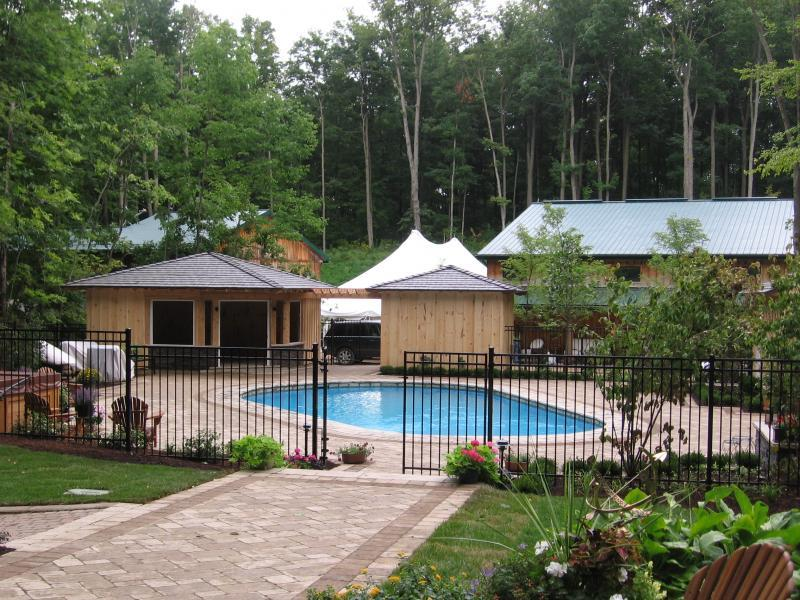 2009 - Residential Construction - $250,000 - $500,000 - Pool Area