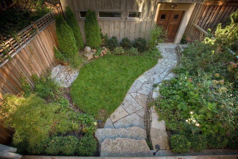 2010 - Residential Construction - $10,000 - $25,000 - the completed garden facing towards the garage.