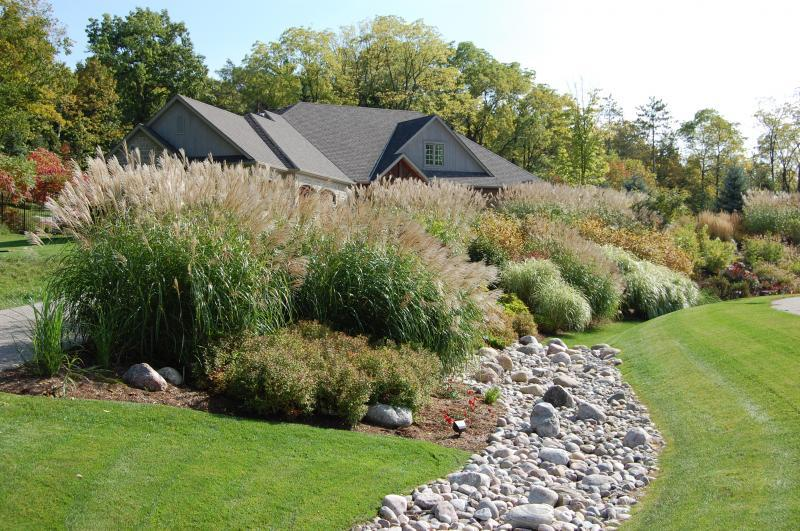 2010 - Theme Gardens