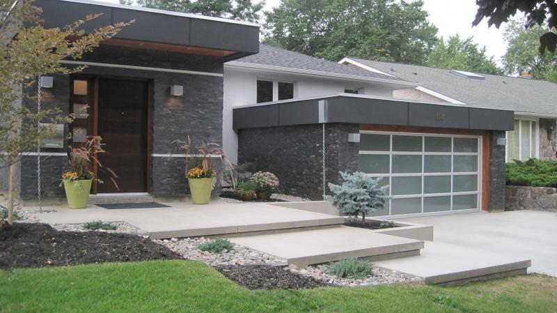 2012 - Residential Construction - $25,000 - $50,000 - Front Entrance