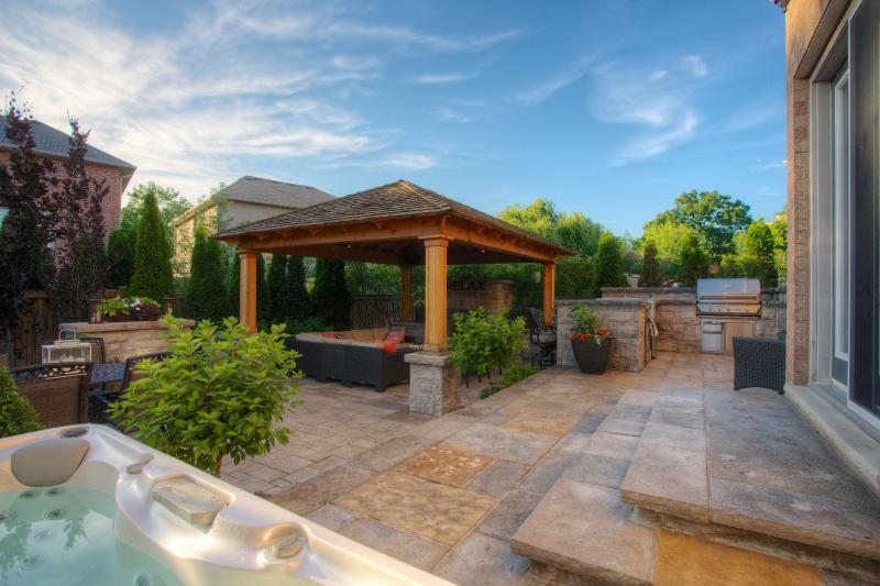 2012 - Residential Construction  - $100,000 - $250,000 - Preferred Image