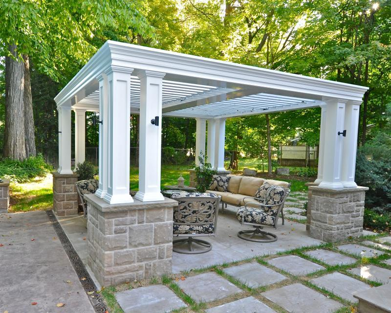 2012 - Special Interest Construction  - Classic Structure with complimentary building materials