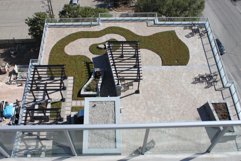 2012 - Balcony or Rooftop Garden
