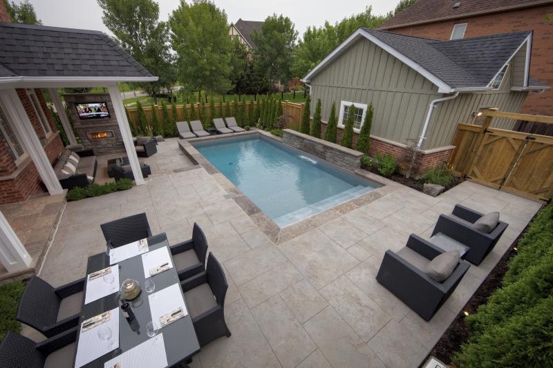 2012 - Residential Construction  - $100,000 - $250,000 - Custom Vinyl Pool