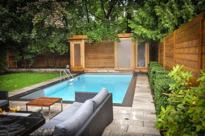 2013 - Residential Construction  - $100,000 - $250,000 - Opened-Up Cabana