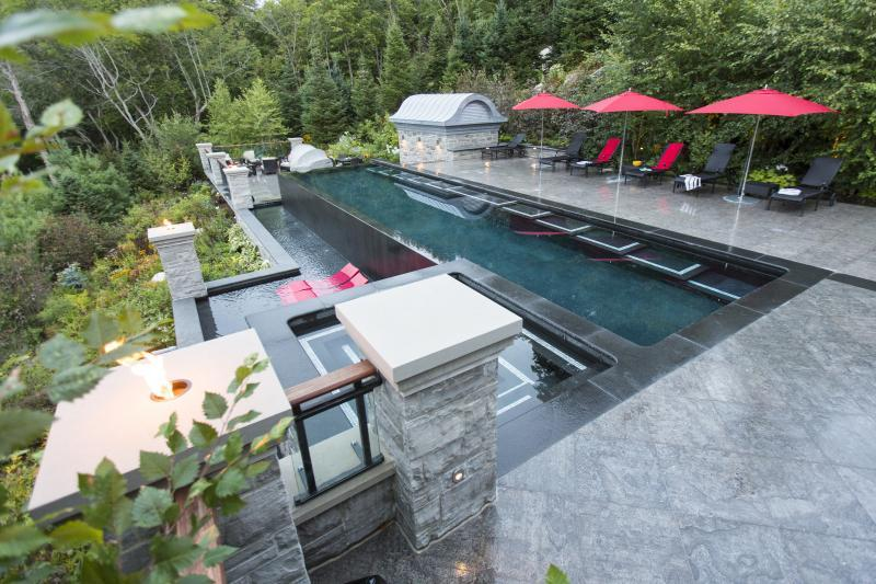 2015 - Residential Construction - Over $1,000,000 - 7 – Pool Overview