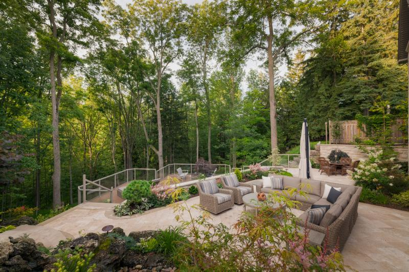 2015 - Residential Construction - $250,000 - $500,000 - The back yard of this property allows for  seamless integration between the natural forested ravine and the urban landscape