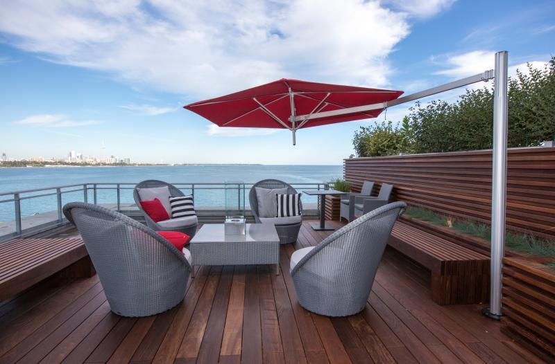 2015 - Balcony or Rooftop Garden