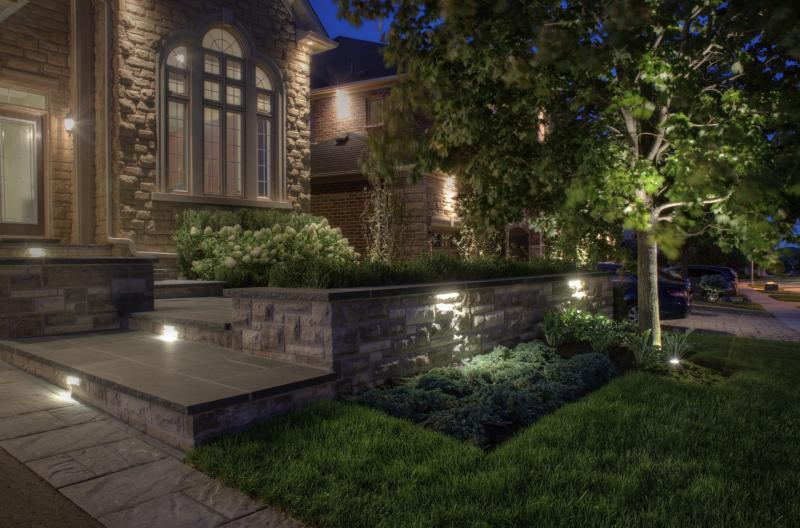2015 - Residential Construction - $25,000 - $50,000 - Front yard