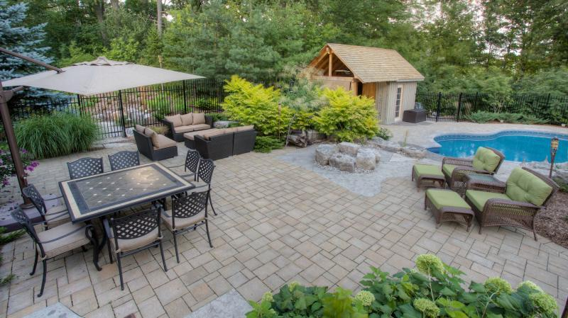 2016 - Residential Construction - $250,000 - $500,000 - Patio area