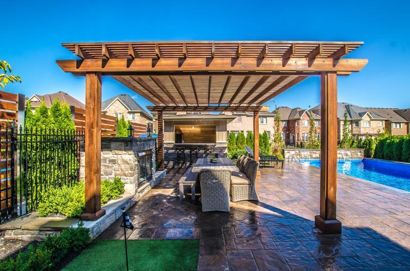 2016 - Residential Construction  - $100,000 - $250,000 - Pergola and Cabana