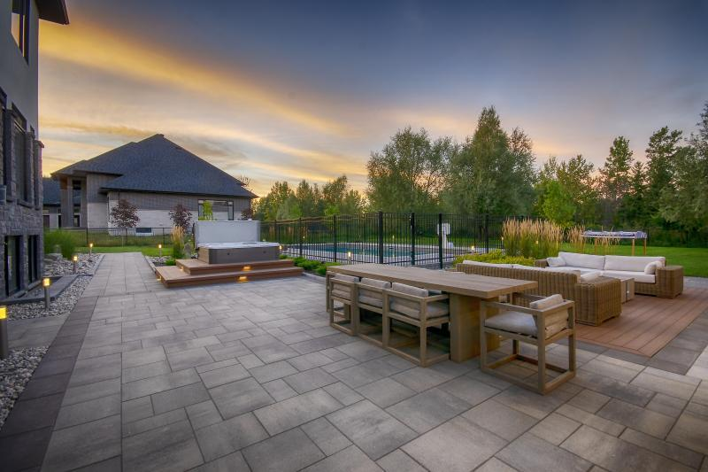 2018 - Residential Construction - $250,000 - $500,000 - view from outdoor kitchen