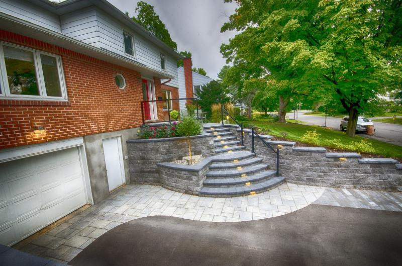 2018 - Special Interest Construction  - new steps and retaining wall