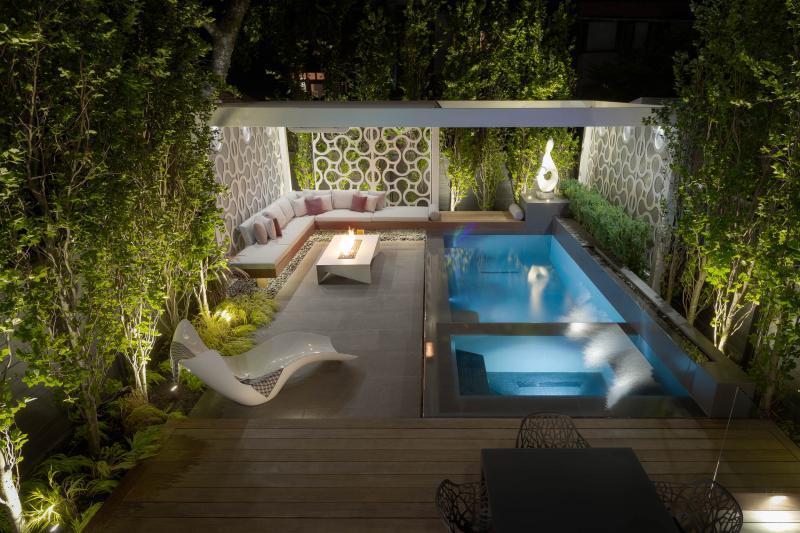 2018 - Residential Construction - $500,000 - $1,000,000 - Night shot of pool and custom pergola