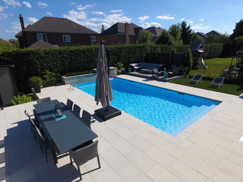 2018 - Residential Construction - $250,000 - $500,000 - shot of pool and deck