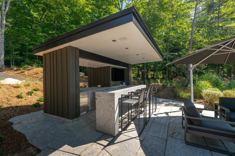 2018 - Residential Construction - Over $1,000,000 - Outdoor custom bar