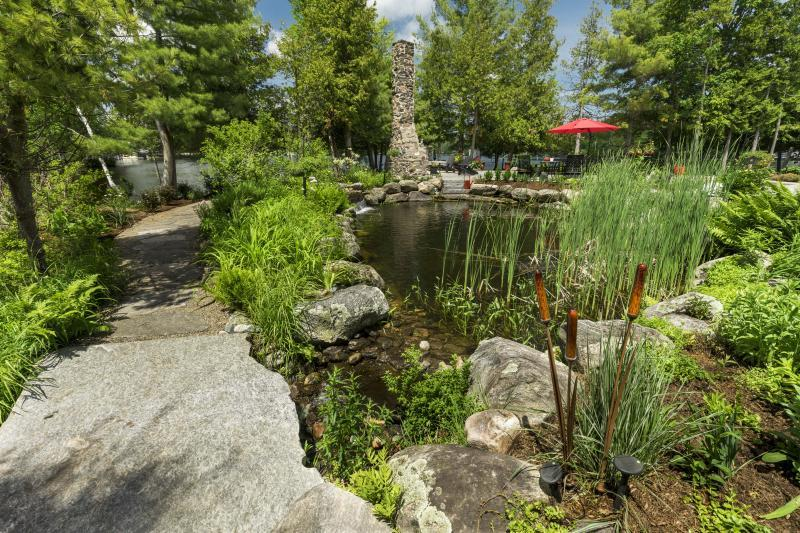 2018 - Residential Construction  - $100,000 - $250,000 - Pond with flagstone walkway behind